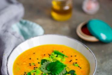 zupa z kurkumą