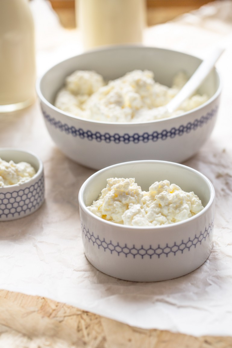 Domowy biały ser