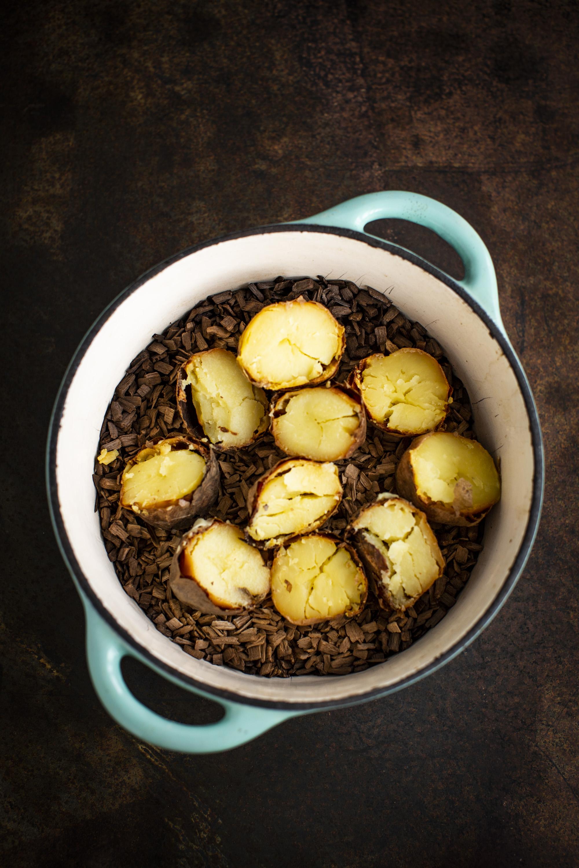 Wędzone ziemniaki